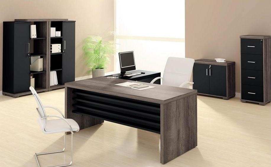 Ambientes planejados escrit rio moderno com m veis planejados for Mesa escritorio moderna
